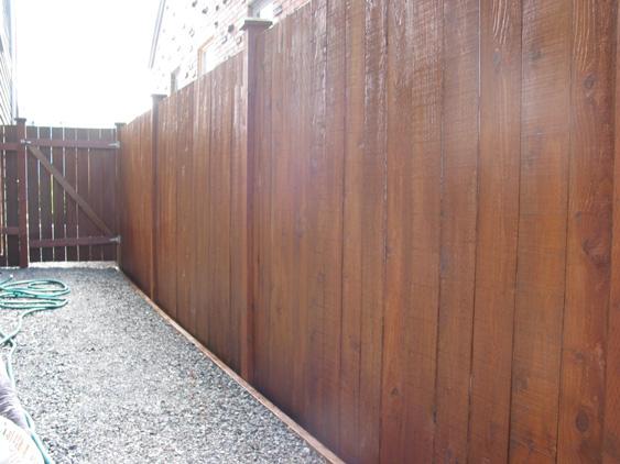 fence-staining53c93073dc09c.jpg